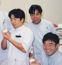 大阪市 阿倍野区 西田辺 えがしら歯科 大学時代